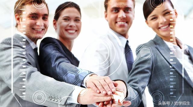 直属招生和代理招生两种不同的模式要同时抓
